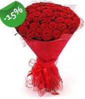 51 adet kırmızı gül buketi özel hissedenlere  Mardin çiçek siparişi sitesi