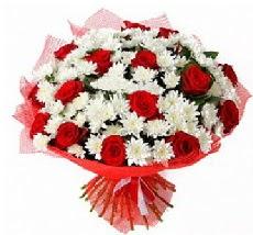 11 adet kırmızı gül ve 1 demet krizantem  Mardin çiçek mağazası , çiçekçi adresleri