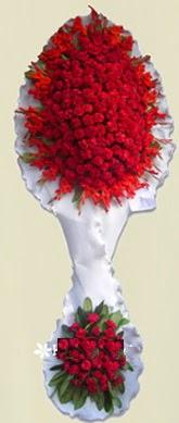 Çift katlı kıpkırmızı düğün açılış çiçeği  Mardin anneler günü çiçek yolla