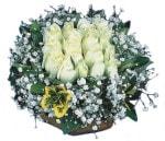 Mardin çiçekçiler  Beyaz harika bir gül sepeti