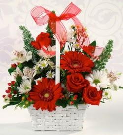 Karışık rengarenk mevsim çiçek sepeti  Mardin internetten çiçek siparişi