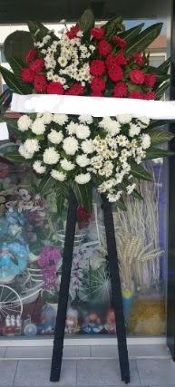 Cenaze çiçeği cenaze çiçek modelleri  Mardin çiçek siparişi sitesi