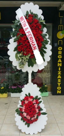 Çift katlı düğün nikah çiçeği modeli  Mardin çiçek siparişi sitesi