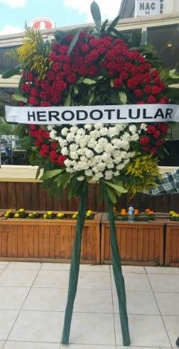 Cenaze çelengi cenazeye çiçek modeli  Mardin çiçek satışı