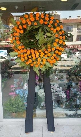 Cenaze çiçeği cenaze çelengi çiçek modeli  Mardin çiçek gönderme