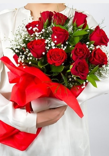 Aşk Gülleri 11 Adet kırmızı gül buketi  Mardin çiçekçi telefonları