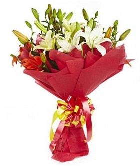5 dal kazanlanka lilyum buketi  Mardin çiçek gönderme sitemiz güvenlidir