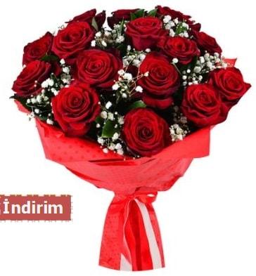12 Adet kırmızı aşk gülleri  Mardin çiçek satışı